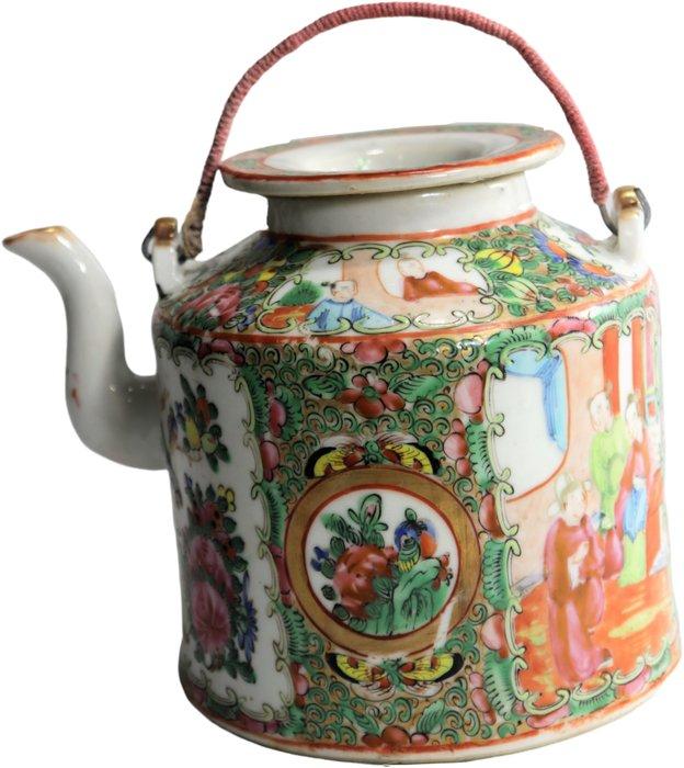 Teapot (1) - Porcelain - China - 19th century