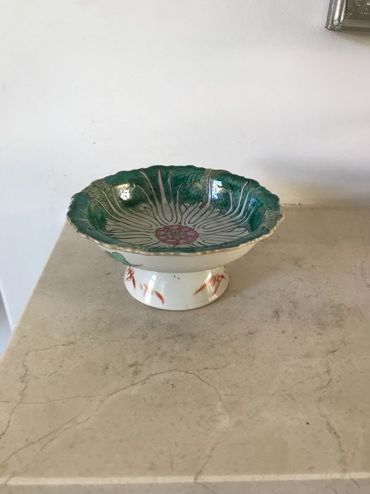 Offering bowl (1) - Porcelain - bok choy - China - Qing Dynasty (1644-1911)