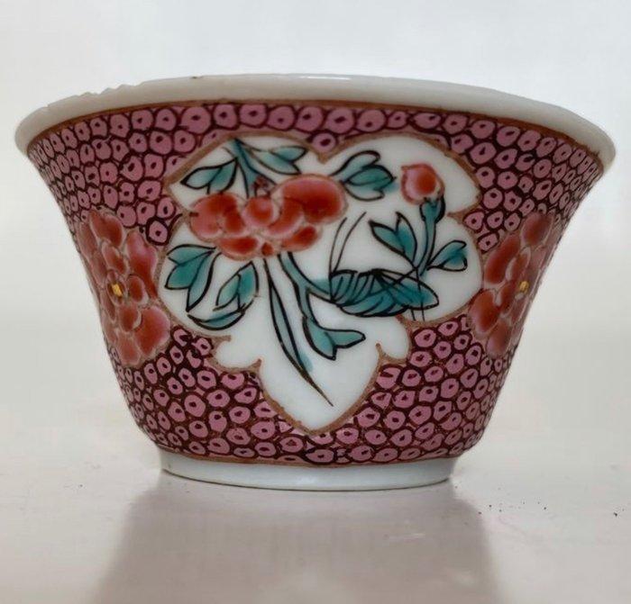 Tea cup (1) - Famille rose - Porcelain - Bird, Flowers - China - Yongzheng (1723-1735)