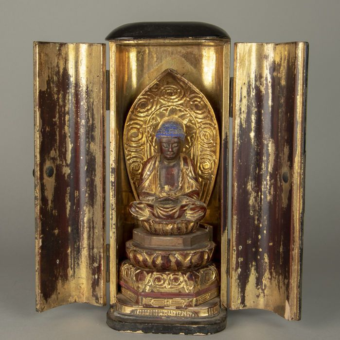 altar, budsodan (1) - Wood, gilded - Bodhisattva / Buddhist Amida Buddha - Japan - 19th century