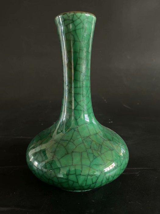 Vase - Porcelain - China - Republic period (1912-1949)