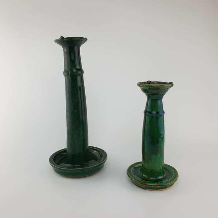 Oil lamps (2) - Monochrome - Ceramic - Wonderful Pair Green Chinese Oil Lamps - China - Qing Dynasty (1644-1911)