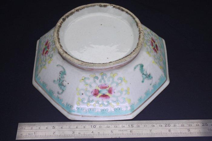 Bowl - Porcelain - Large 22cmW Octagon - China - Late 19th century