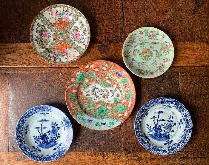 Plates (5) - Porcelain - China - 18th century