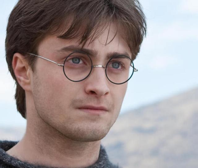 Daniel Radcliffe Den Blick Voraus Auf Andere Filme Gerichtet Nach Harry Potter Und Die Heiligtumer