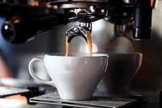 Rekomendasi 10 Mesin Kopi Espresso Bagus Untuk di Rumah