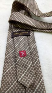 dasi_louis_vuitton