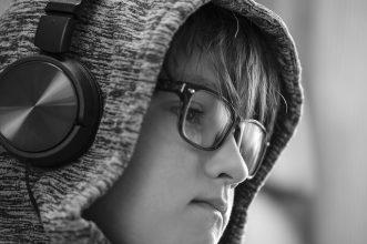10 Headphone Terbaik Untuk Anak-Anak