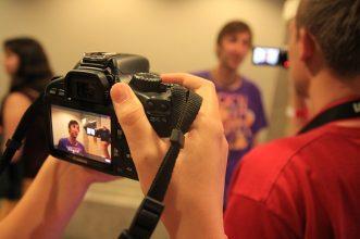 10 Kamera Terbaik Untuk Kebutuhan Vlog Para Youtuber