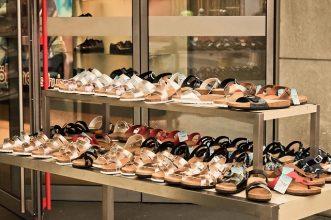 10 Sandal Terbaik Untuk Perempuan Milenial