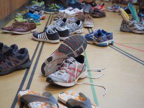 10 Sepatu Lari Terbaik Untuk Laki-Laki