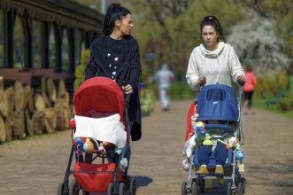 10 Stroller Bayi Terbaik yang Lucu dan Bagus