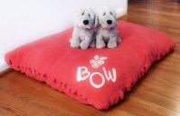 How To Make a No-Sew Holiday Dog Bed | Curbly