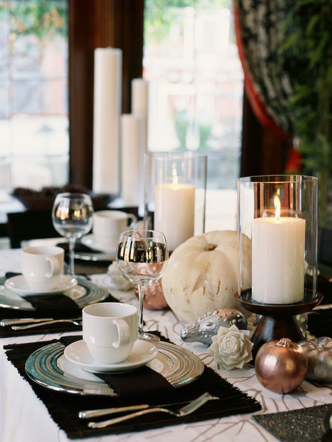 Elegant and Eclectic Thanksgiving Tablescapes You Can Do