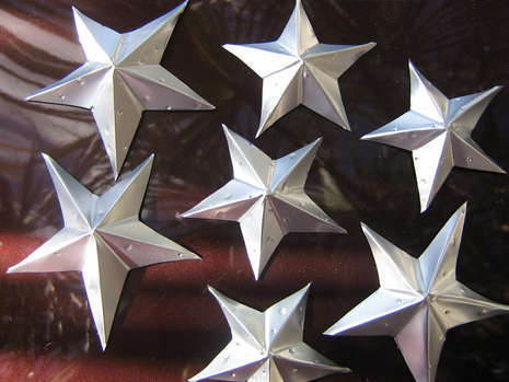 How To Turn Soda Cans Into Stars Curbly DIY Design