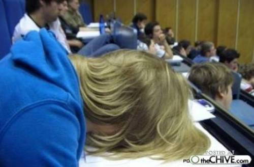 Sleeping through college (20 photos)