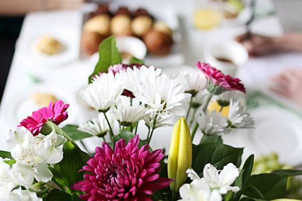 How to: Host a Mother's Day workshop for friends