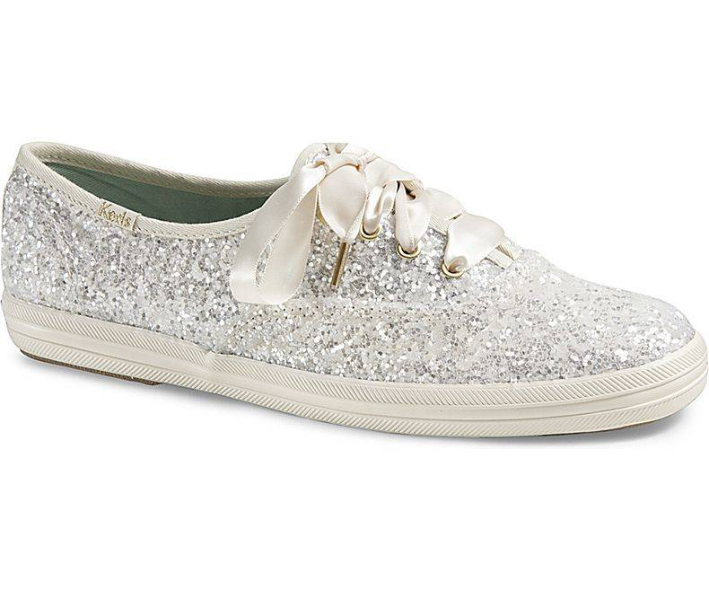 16 Wedding Shoes Comfortable for Dancing the Night Away