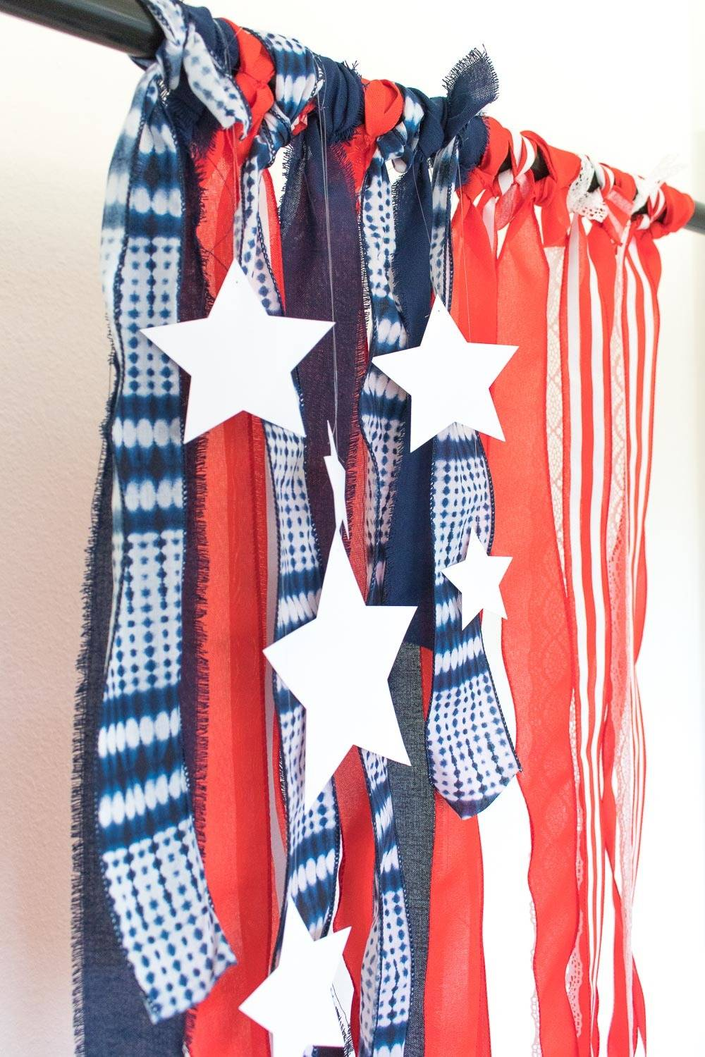 4th of July! Patriotic Ribbon Photo Backdrop