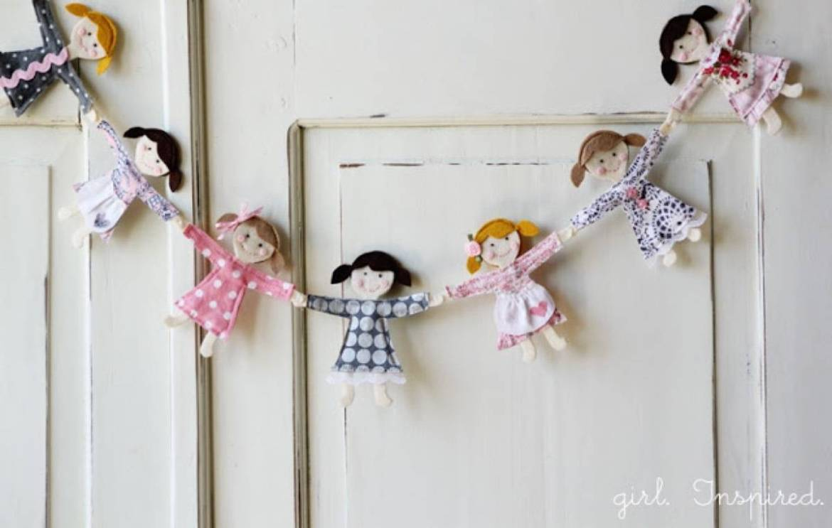 Kids garland idea from girl. Inspired. | 75 DIY Kids Decor Ideas
