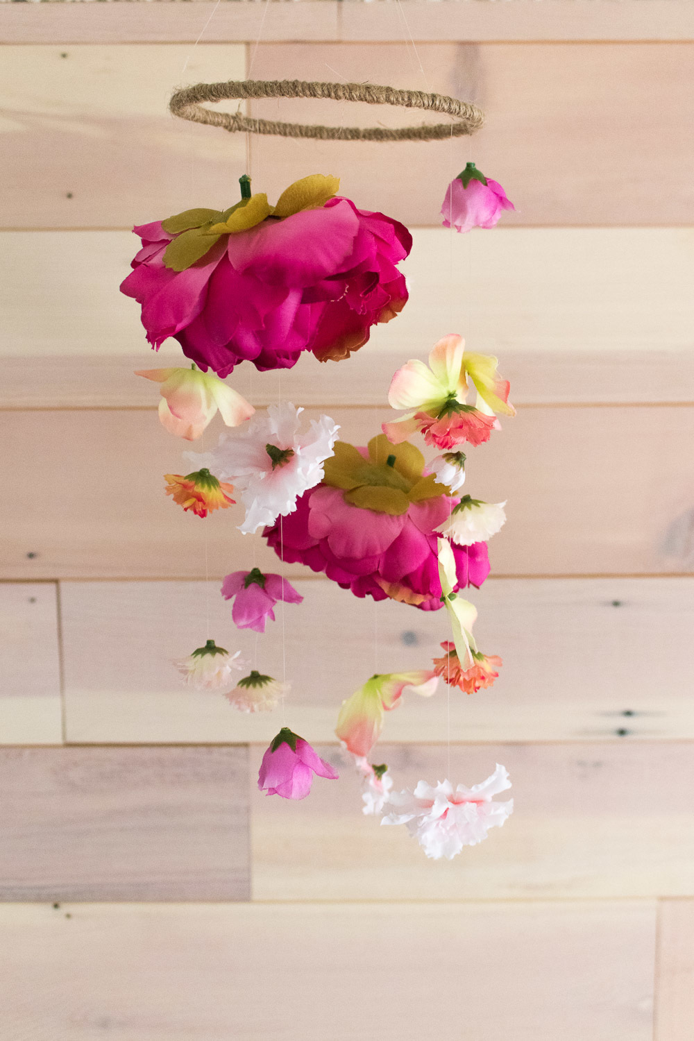 How to Make A Floral Mobile for Any Room