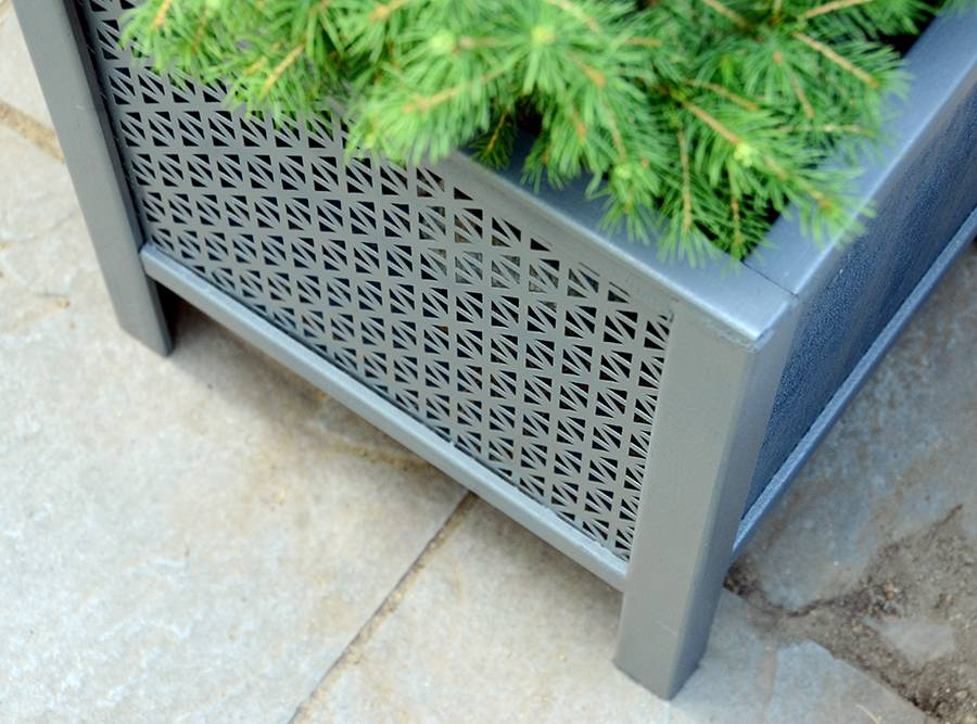 DIY Contemporary Planter Box