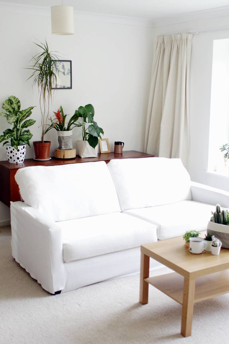 99 ways to use fabric to decorate your home   Create a sofa cover
