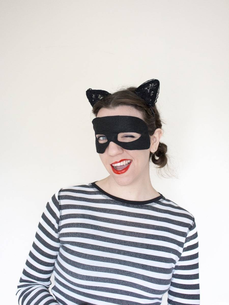 5 Last Minute Costumes You Can Make Using Cat Ears