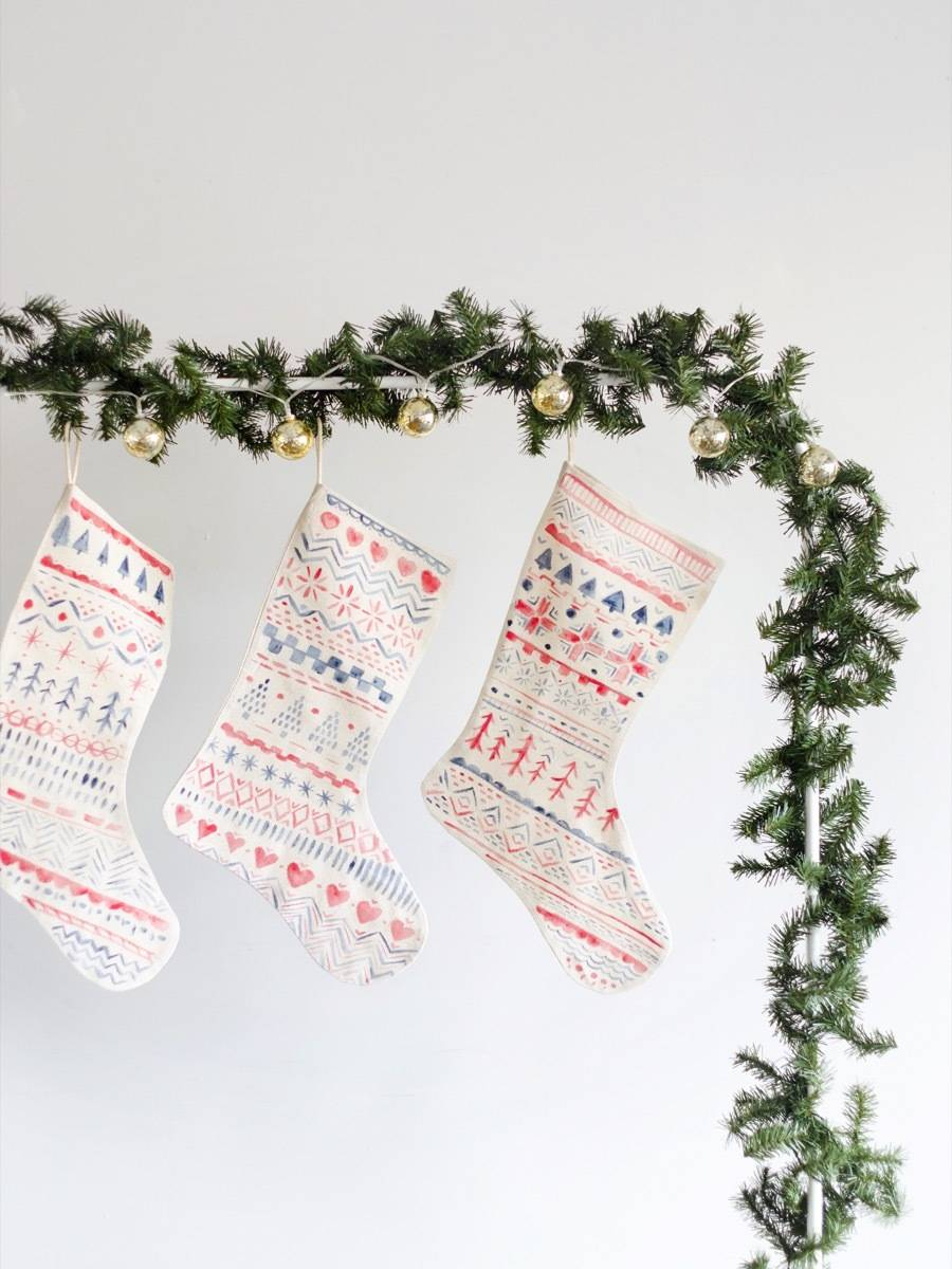 Make These: Hand-painted Scandinavian-inspired stockings