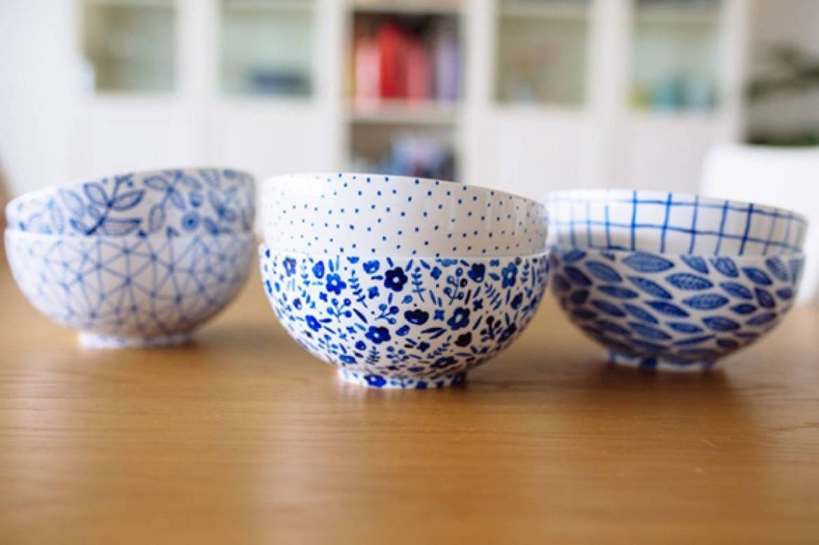 DIY Mother's Day Gift Ideas: Hand-painted IKEA bowls