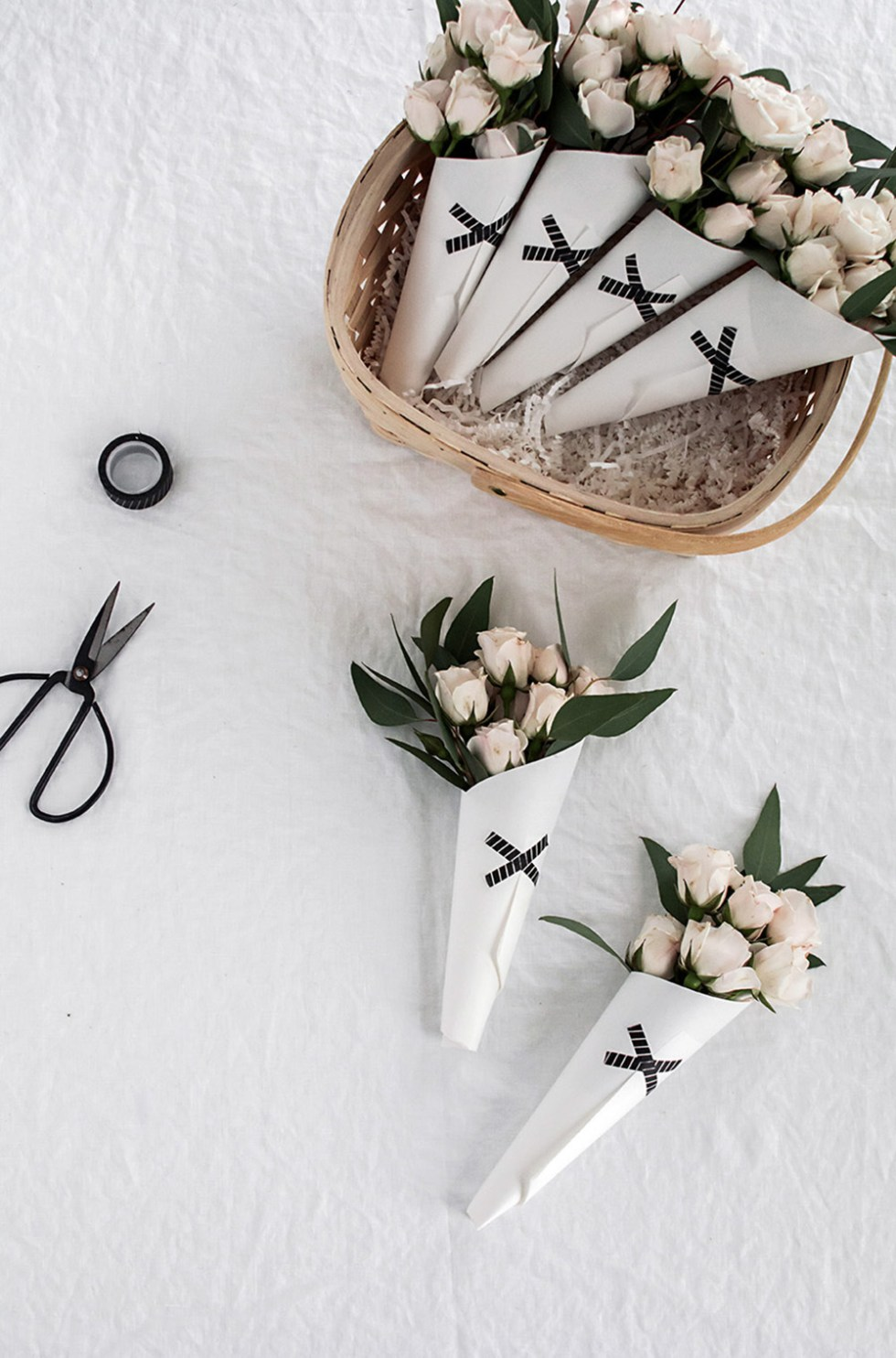 DIY Mini Bouquets by Homey oh My