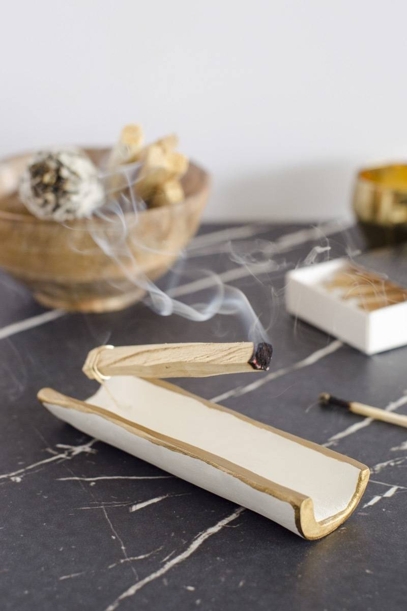 DIY Holy Wood Holder made from air-dry clay