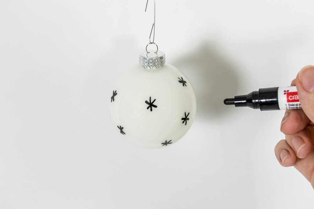 Drawing on the ornaments