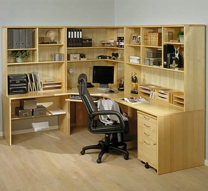 Choosing And Buying The Perfect Home Office Desks / design