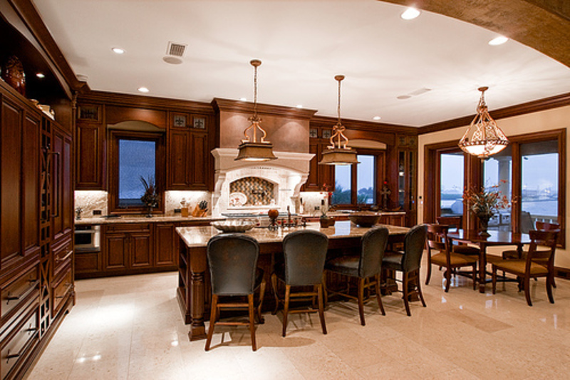 Luxury Kitchen And Dining Room Design With Elegant
