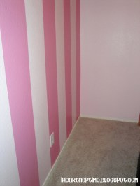 How To Paint Stripes On The Wall! / design bookmark #13702
