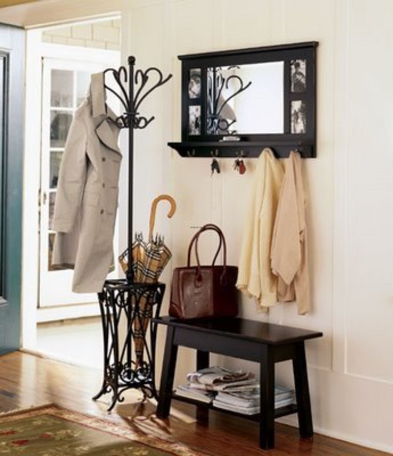 Entryway Decor Table And Chair Foyer Decorating Ideas