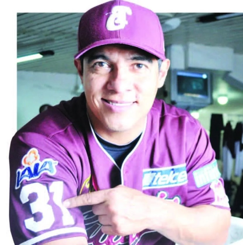 "whatsapp image 2020 05 29 at 10 22 15 am x1x crop1590789819553.jpeg 1969995922 - Adán Amezcua: ""Ha sido un orgullo estar con Tomateros"""