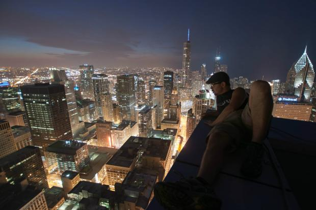 Urban Explorer Photographs Chicago from Places Youre