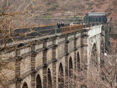 High Bridge Safety Equipment to Shut Down Harlem River