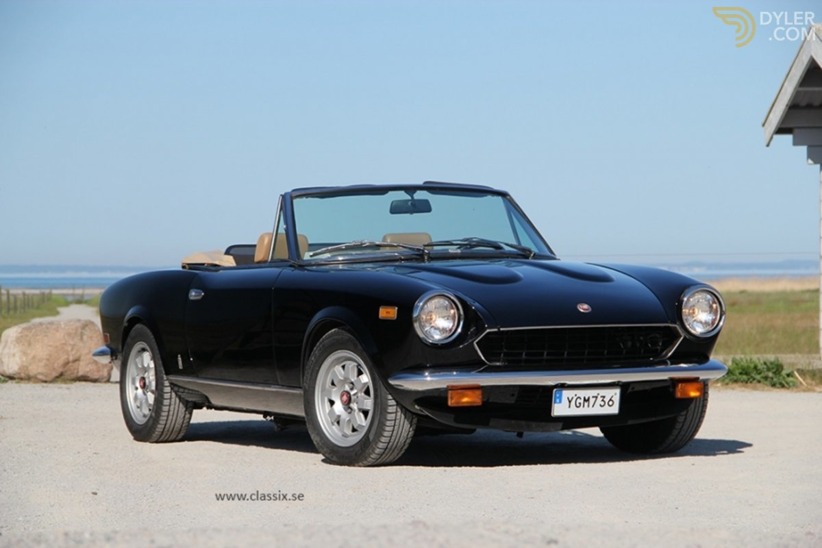 hight resolution of fiat 124 turbo spider cabriolet roadster 1982 black car for sale