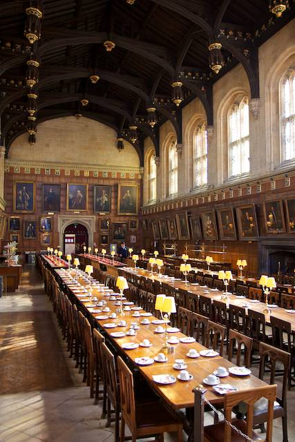 Visit Harry Potters Christ Church and Learn English in Oxford
