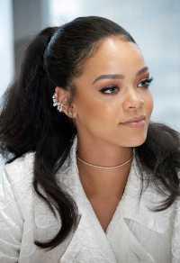 Rihanna New Hairstyle | Hair