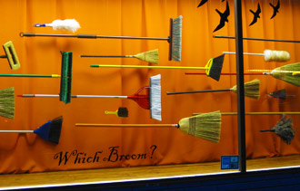Decorating Retail Window For Christmas Ideas