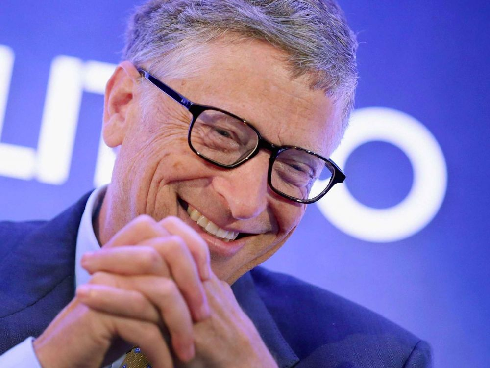 Bill Gates reads the national papers and gets a daily news digest.