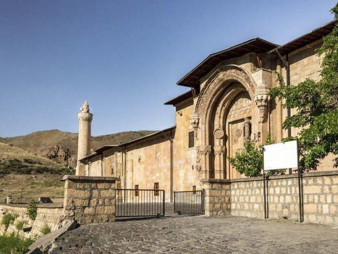 11-Sivas Divriği Ulu Camii