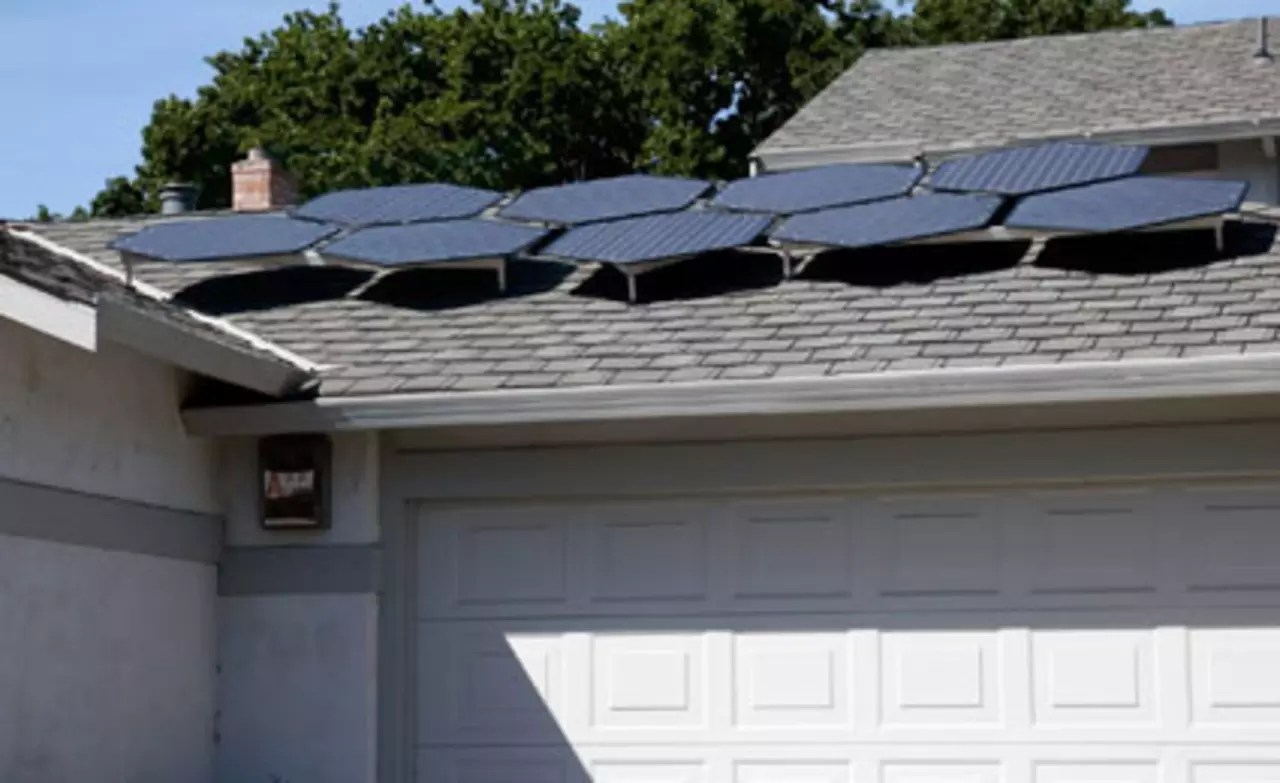 Your Next Home Improvement: DIY Solar Panels From