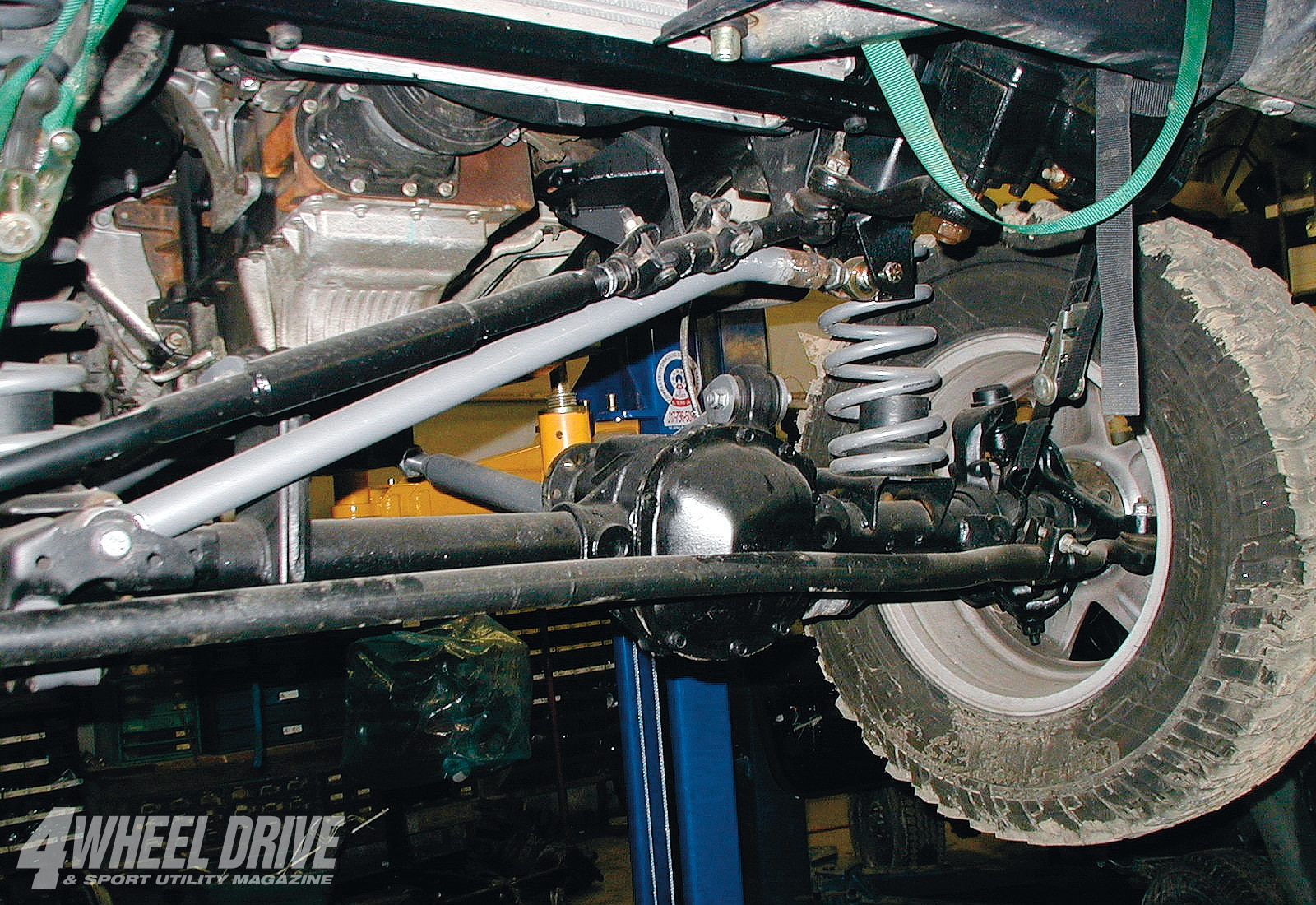 medium resolution of a jk dana 30 front axle was installed to make use of the abs wheel sensors
