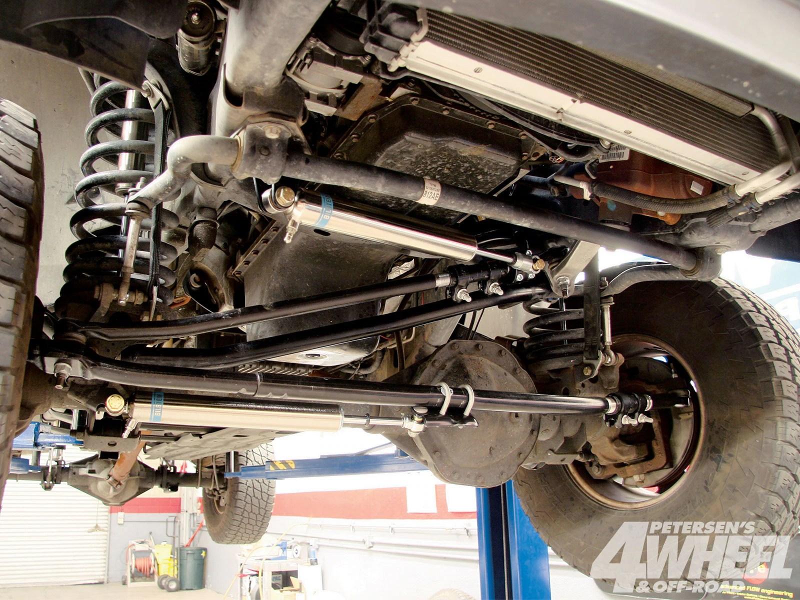 dodge ram 2500 4x4 steering upgrade 4 wheel off road magazine 2500 steering diagram on 2001 dodge durango front suspension diagram [ 1600 x 1200 Pixel ]