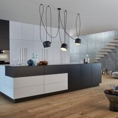Kitchen Flooring Trends Stove Gas 厨房的流行趋势 起居式厨房的灵感 Hansgrohe Cn 有开放式厨房和起居空间的生活厨房